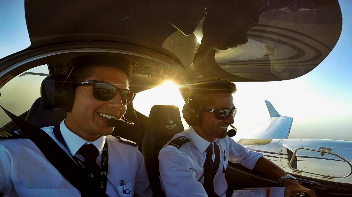 """""""CESDA, Piloto aviación comercial, Escuela de pilotos, Tripulación a bordo"""""""
