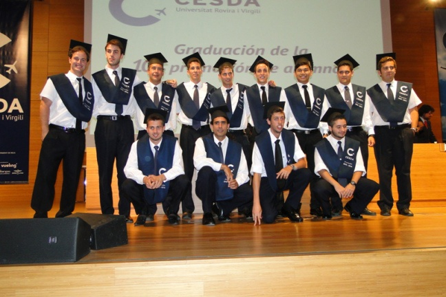 """""""CESDA, Piloto aviación comercial, Escuela de pilotos, Graduación 10º promoción"""""""