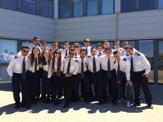 """""""CESDA, Piloto aviación comercial, Escuela de pilotos, Graduación 11º promoción"""""""