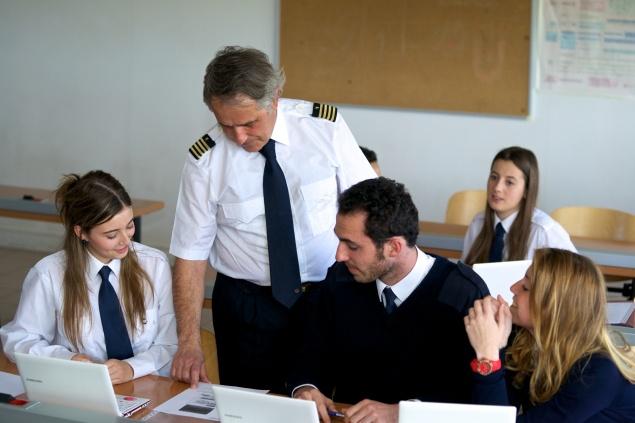 """""""CESDA, Piloto aviación comercial, Escuela de pilotos, Educación"""""""