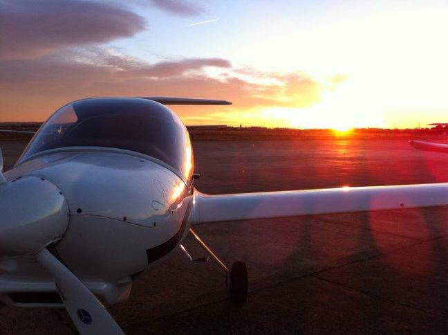 """""""CESDA, Piloto aviación comercial, Escuela de pilotos, Diamond"""""""