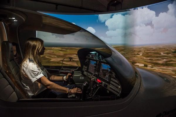 Simulador en CESDA, escuela de pilotos (Reus)