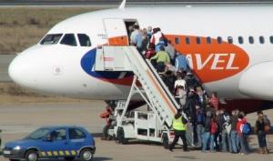 """CESDA, Piloto aviación comercial, Escuela de pilotos, Incremento del tráfico mundial de pasajeros"""