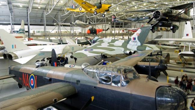 """""""CESDA, Piloto aviación comercial, Escuela de pilotos, Imperial War Museum"""""""