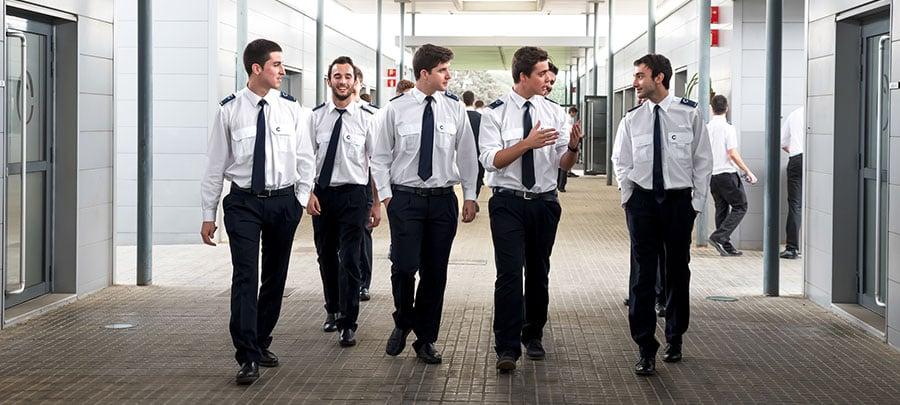 estudiantes para piloto de avion en CESDA