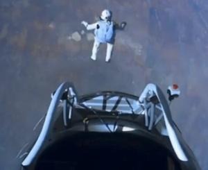felix-baumgartner-red-bull-stratos-jump.jpg