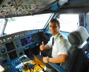 """CESDA, Piloto aviación comercial, Escuela de pilotos, Acuerdo flight student program"""