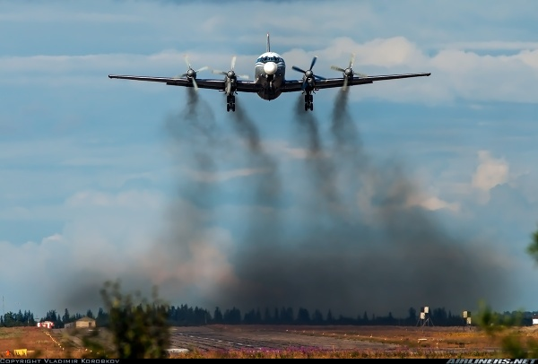 aviacion-contaminacion.jpg